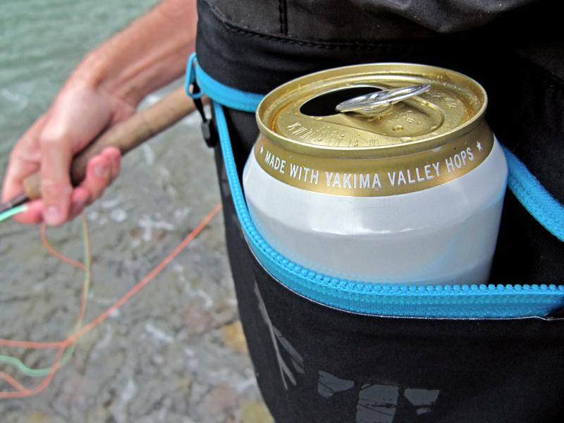 DRYFT waders beer holder